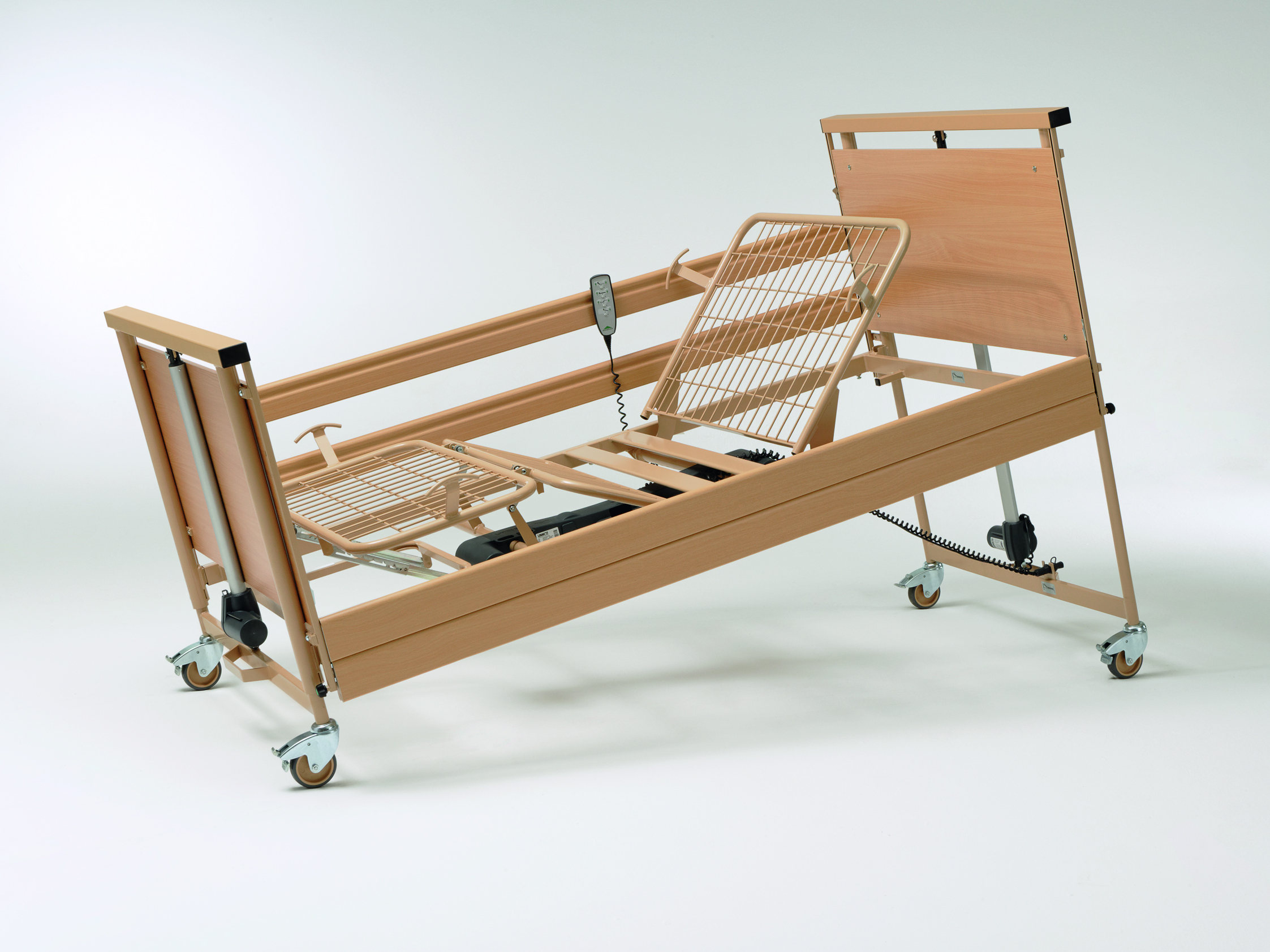 Sitting position of the Allura II heavy-duty bed