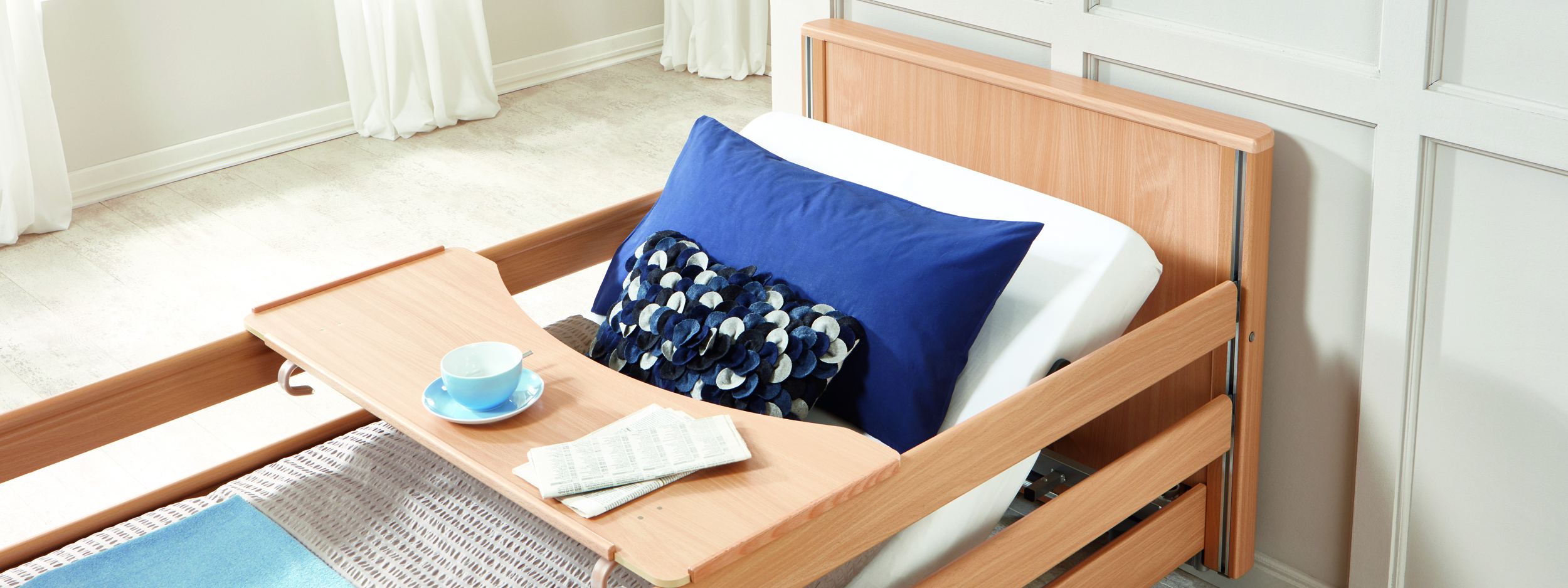 Optional tray for the Inovia care bed