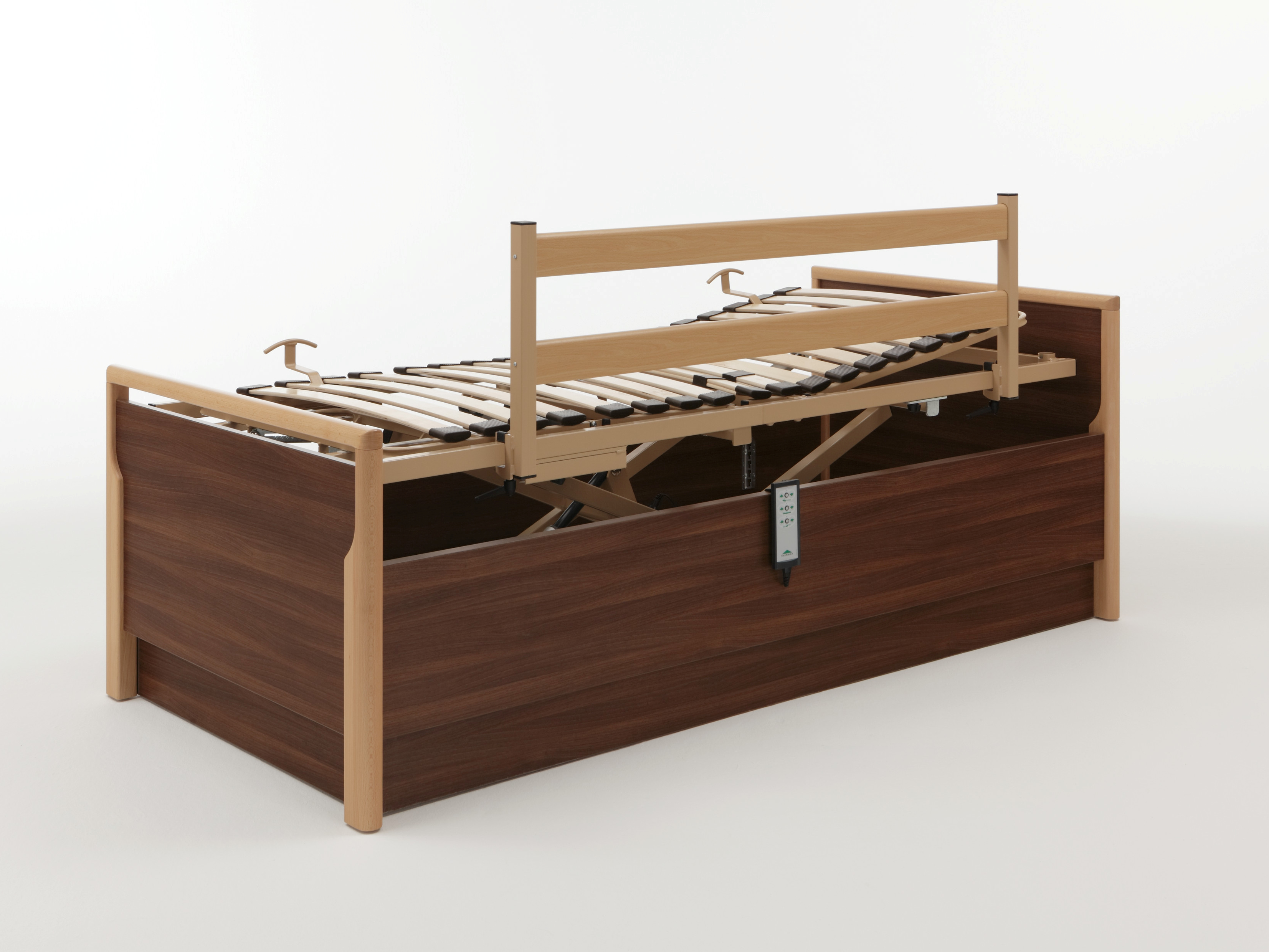 Lippe safety side in combination with the Relax bed frame